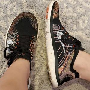 Nike FlyKnit Freerun Womens